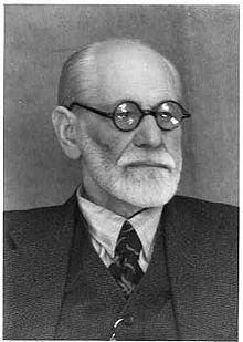 Sigmund Freud, black and white photo