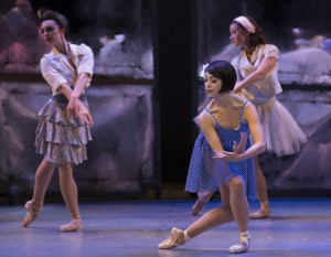 Lise Dassin (Leanne Cope), now diegetically a ballet dancer, in the Broadway musical.